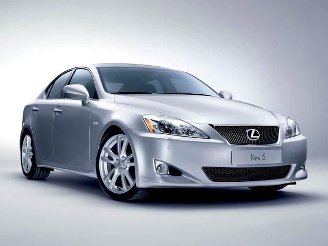 IS 220d 2.2 16V Luxury
