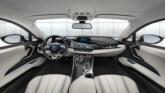 BMW i8        (I12/I15)