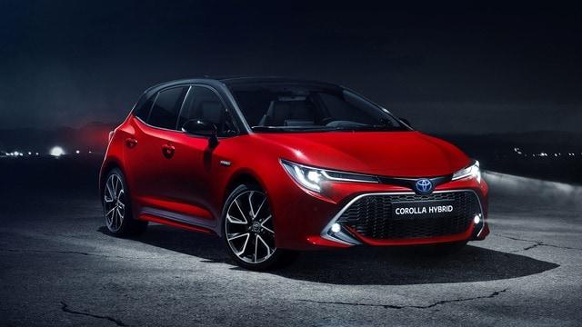 Listino Toyota Corolla Berlina Prezzi Caratteristiche Tecniche E