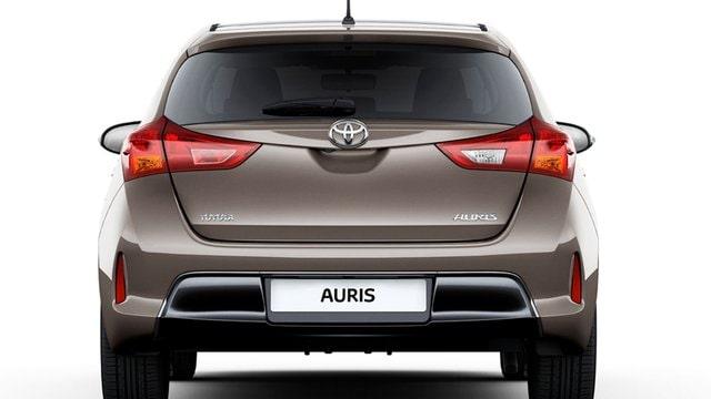 Toyota Auris 1 3 Active In Commercio Da 1 2013 A 8 2015