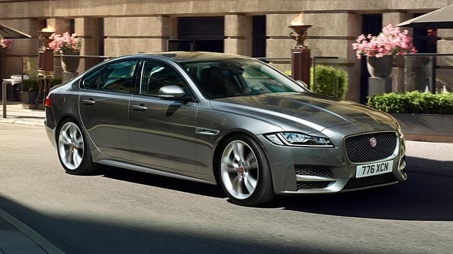 JAGUAR XF station