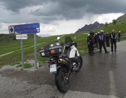 KTM 990 Adventure  - K990 moto intelligente o moto ignorante?