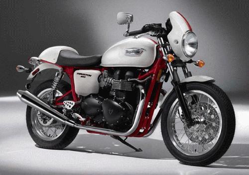 Thruxton 900 SE