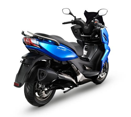 kymco k xct 300i foto della moto dueruote. Black Bedroom Furniture Sets. Home Design Ideas