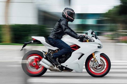 Ducati Supersport S (Star White Silk) 35KW