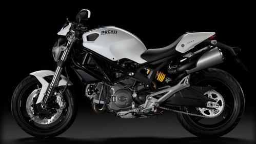 ducati monster 696 abs 35kw listino e scheda tecnica moto dueruote. Black Bedroom Furniture Sets. Home Design Ideas