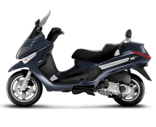 piaggio mp3 125 piaggio vespa 125 gts aprilia scarabeo 125 piaggio xevo 125 la prova su. Black Bedroom Furniture Sets. Home Design Ideas