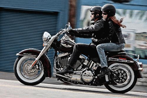Harley-Davidson Softail Deluxe FLSTN ABS