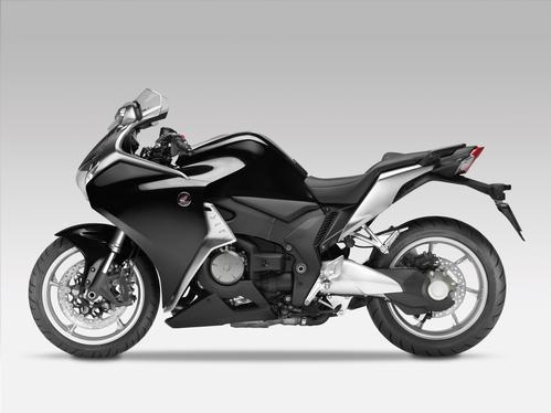 Honda                                             VFR 1200 F ABS DCT