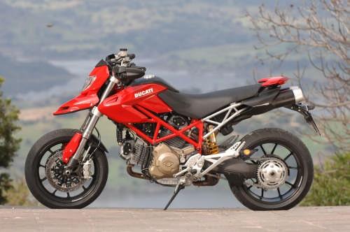 Ducati Hypermotard 1100 Ktm 950 Supermoto La Prova Su