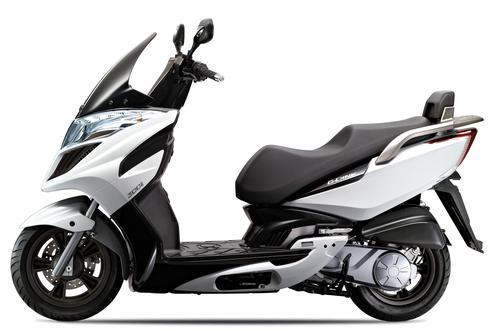 costo assicurazione scooter kymco 300i
