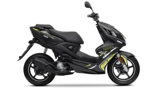 Yamaha Aerox 50 R Naked