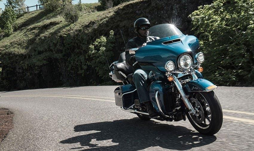 Harley-Davidson Softail Low Rider - Listino moto nuove