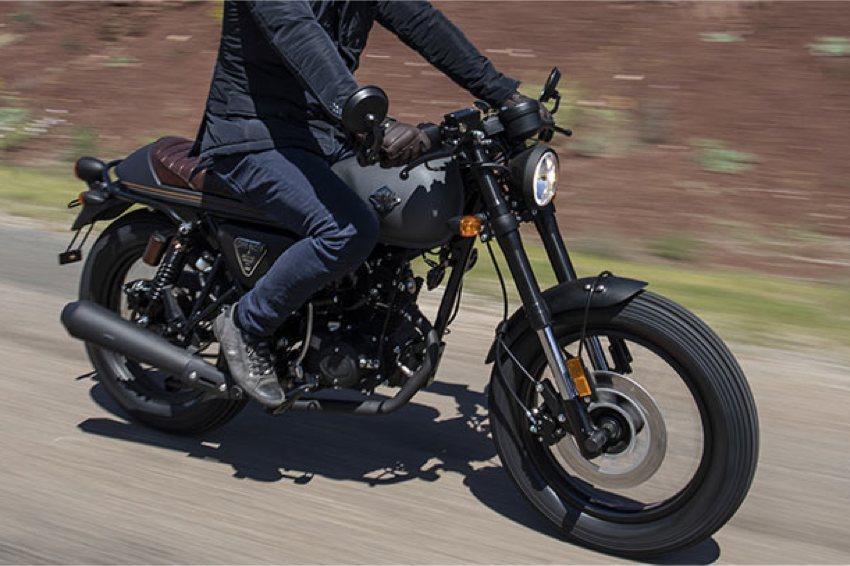 Yamaha TTR 125 - Listino moto nuove: dati e schede