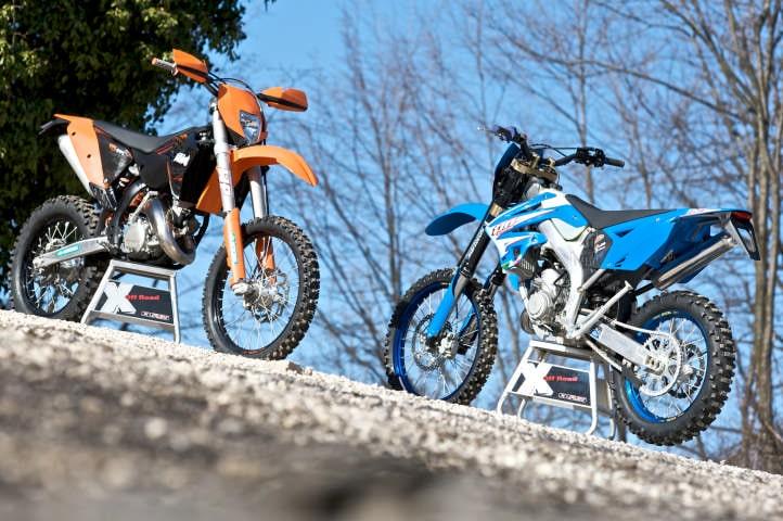 KTM 125 EXC vs TM EN 125