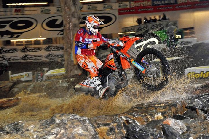 Indoor Enduro World Cup Genova - GALLERY