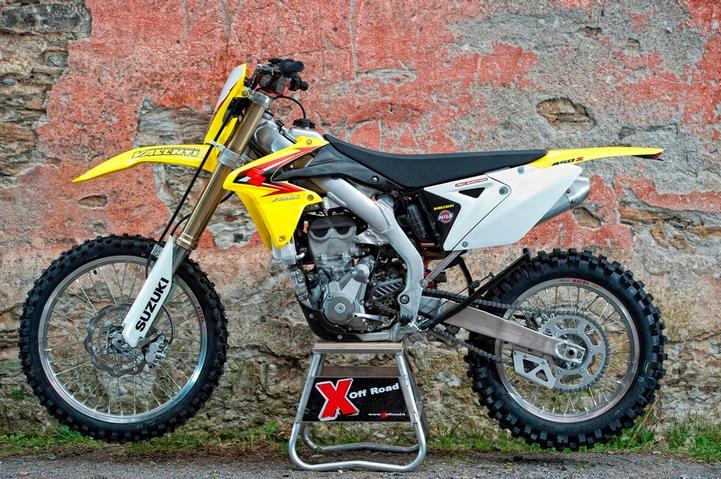 Prova Suzuki RM-X 450E