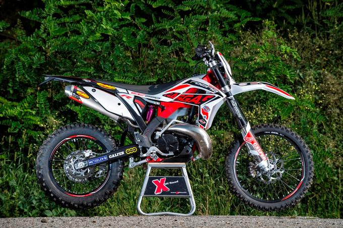 Gas Gas EC 250 Racing Vs Sherco 250 SE-R