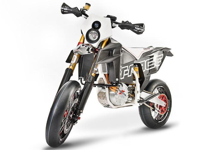 Tacita T-Race M