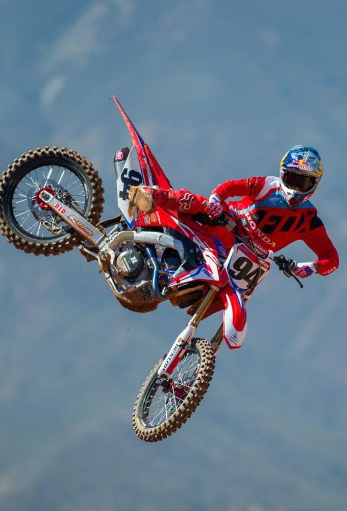 Ken Roczen firma con Honda